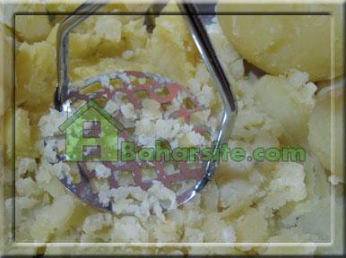پای سیب زمینی با قارچ و بادمجان