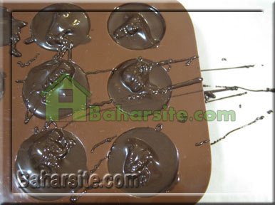 شکلات مغزدار